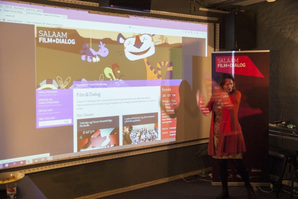 Solveig præsenterer den nye hjemmeside.